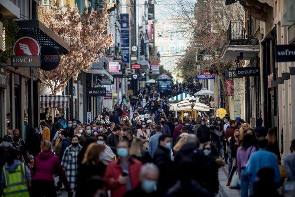 Κορωνοϊός - Lockdown: Κοσμοσυρροή και σήμερα στα μαγαζιά Αθήνας και Θεσσαλονίκης (φωτο)