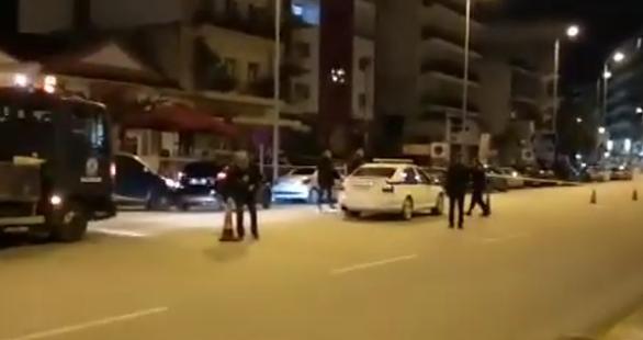 Σκηνές... κινηματογραφικής ταινίας στην Πάτρα - Άτομο έπεσε στο δρόμο αιμόφυρτο από πυροβολισμούς στον Κόμβο Κουρτέση (φωτο+video)