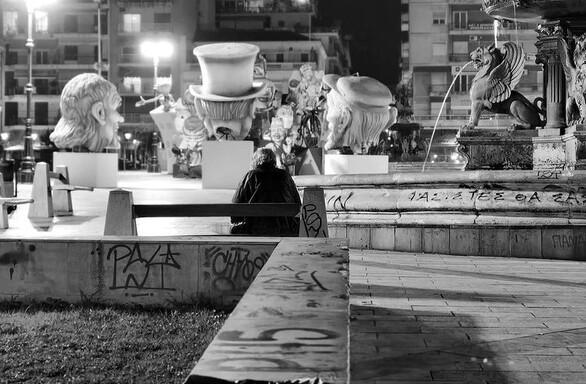 Το σκληρό πρόσωπο της πανδημίας - Η «νεκρή» πλατεία Γεωργίου εν μέσω καρναβαλικής περιόδου (φωτο)