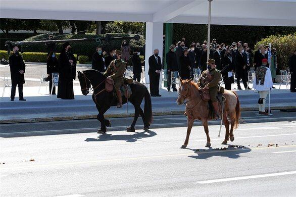 Εντυπωσίασε η παρέλαση για τα 200 χρόνια από το 1821 (pics+video)