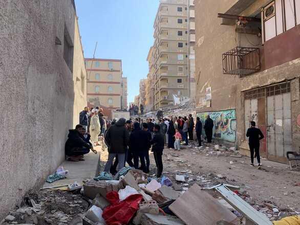 Κάιρο: Κατέρρευσε 9οροφο κτίριο - 5 νεκροί και 24 τραυματίες (φωτο)