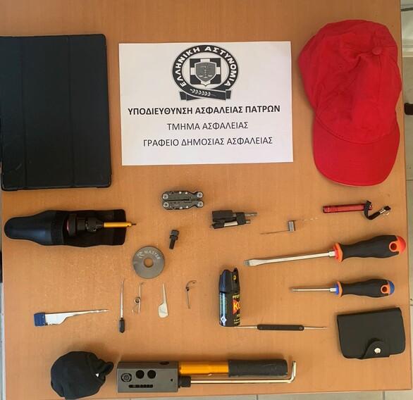 Στα χέρια της Αστυνομίας μέλος εγκληματικής ομάδας που διέπραττε κλοπές σε οικίες στην Πάτρα