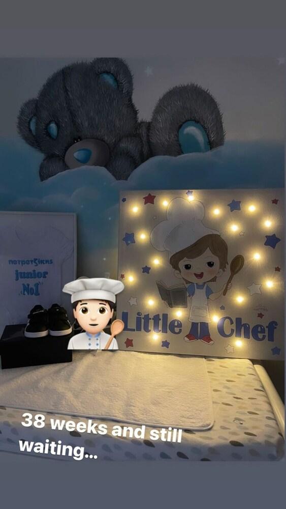 Ο Άκης Πετρετζίκης δείχνει το παιδικό δωμάτιο του γιου του (φωτο)