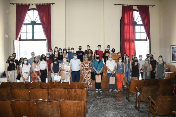 Πάτρα: Ο Δήμος βράβευσε εκπαιδευτικούς και εθελοντές του Λαϊκού Φροντιστηρίου Αλληλεγγύης (φωτο)
