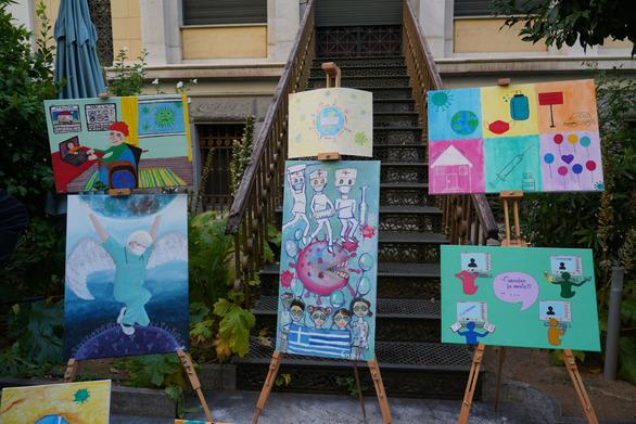 Ε.Ε.Σ: Περηφάνια, χαρά και συγκίνηση στη βράβευση των μαθητών που διακρίθηκαν στον διαγωνισμό ζωγραφικής