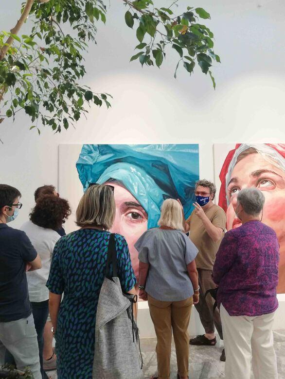Πάτρα: Παρατείνεται η έκθεση ζωγραφικής με τίτλο «Head Up-Cycled» του εικαστικού Κλεομένη Κωστόπουλου