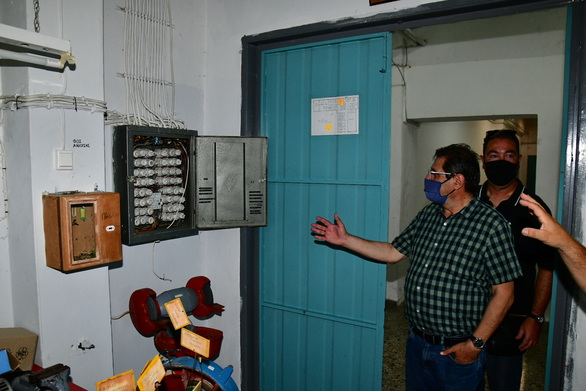 Πάτρα: Εκσυγχρονίζονται οι ηλεκτρολογικές εγκαταστάσεις σε 10 σχολικές μονάδες