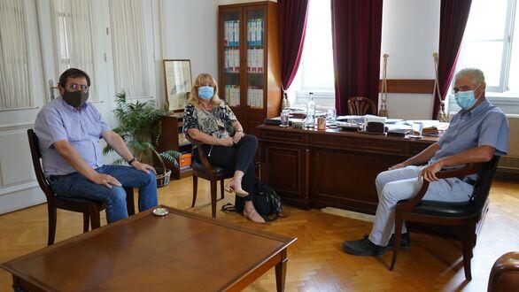 Πελετίδης - Μαστοράκου - Τουλγαρίδης: Συνάντηση για την εφαρμογή του προγράμματος εμβολιασμός κατ΄ οίκον
