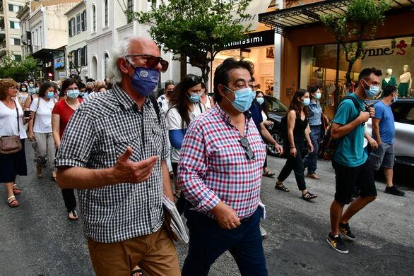Πάτρα: Πραγματοποιήθηκε πορεία από το Εργατικό Κέντρο για την στήριξη της δημόσιας υγείας