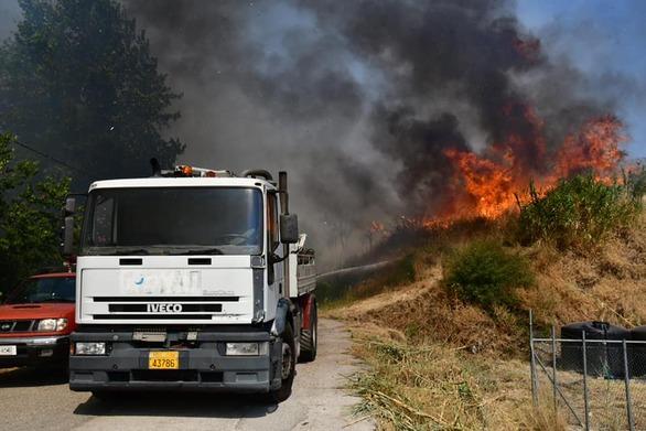Πάτρα - Φωτιά στην Ελεκίστρα: Εκκενώθηκαν χωριά - Κάηκαν σπίτια - Έκλεισε η Περιμετρική (pics+video)