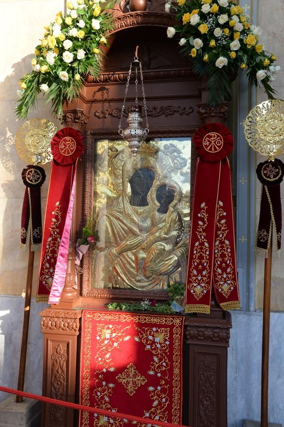 Ιερά Μητρόπολη Πατρών - Λαμπρός ο εορτασμός στην Παντάνασσα (φωτό)