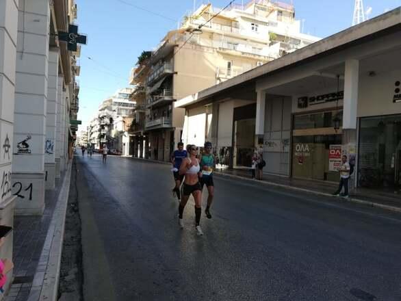"""Η Πάτρα """"έτρεξε"""" για χάρη του """"Run Greece 2021"""" κάτω από... περιορισμούς (φωτο)"""