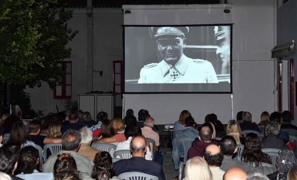 """Το ντοκιμαντέρ """"Χίτλερ εναντίον Πικάσο"""" εντυπωσίασε τους Πατρινούς (φωτο)"""