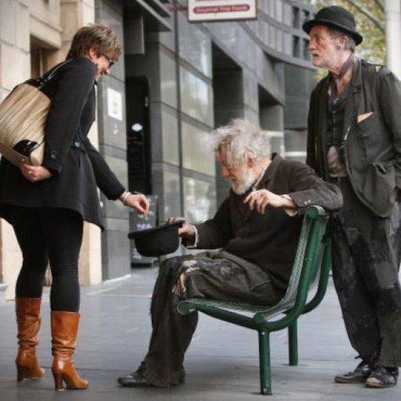 Πέρασαν τον Ian McKellen για ζητιάνο (pic)