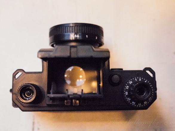 Lomography Konstruktor 35mm SLR: Η πρώτη φωτογραφική μηχανή που την συναρμολογεί ο χρήστης (pics+video)