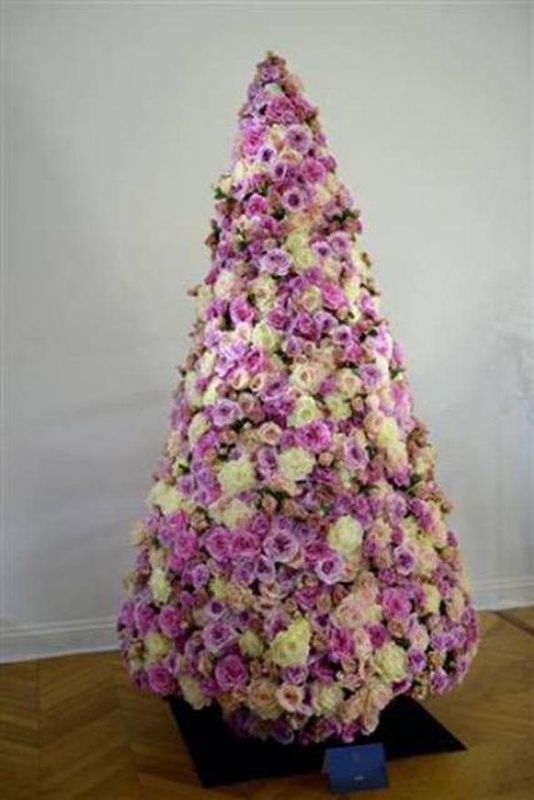 Το δέντρο του οίκου Dior