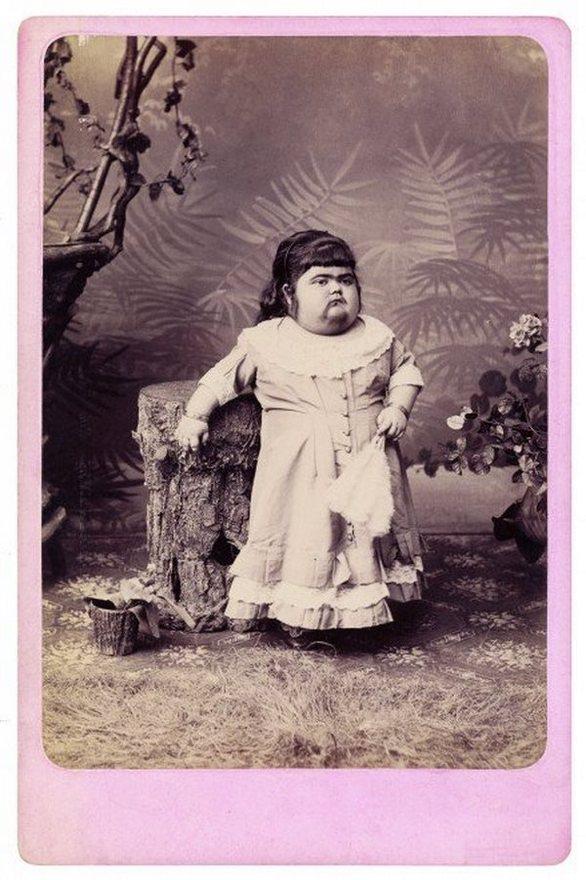 """Τσάρλς Έισμαν: Ο φωτογράφος των """"φρικιών"""" (pics)"""