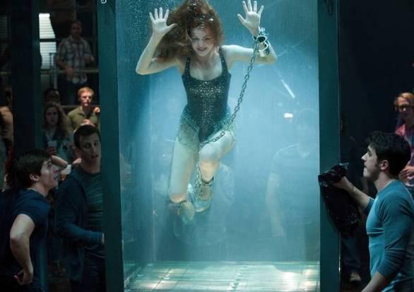 Ηθοποιοί που παραλίγο να πεθάνουν πάνω στα γυρίσματα διάσημων ταινιών (pics)
