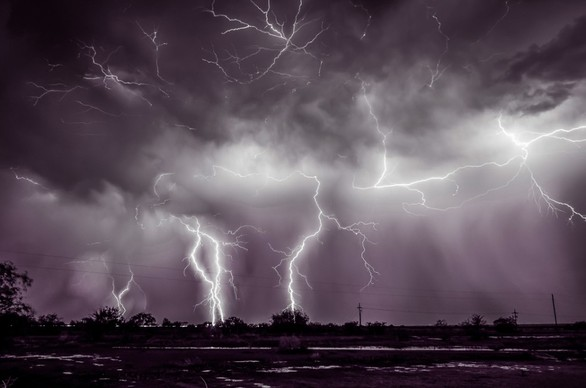 Όταν η καταιγίδα ''χτυπά'' και δημιουργεί μαγικά τοπία (pics)