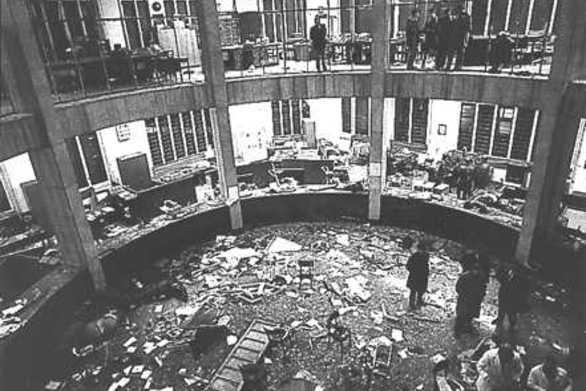 Σαν σήμερα 12 Δεκεμβρίου βόμβα στην Πιάτσα Φοντάνα του Μιλάνου σκότωσε 16 και τραυμάτισε 90 ανθρώπους