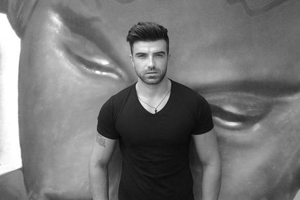 Αιμίλιος Ράφτης: Ο σέξι Πατρινός ηθοποιός, που το άστρο του... ανατέλλει (pics)