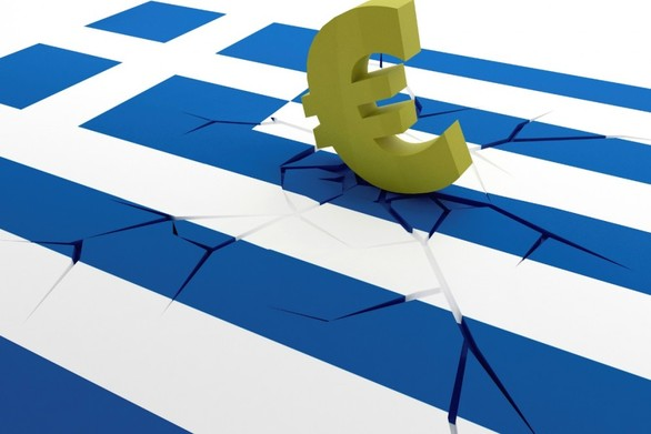 Bloomberg: Για ποιο λόγο η Ευρώπη θέλει να μείνει η Ελλάδα στο ευρώ