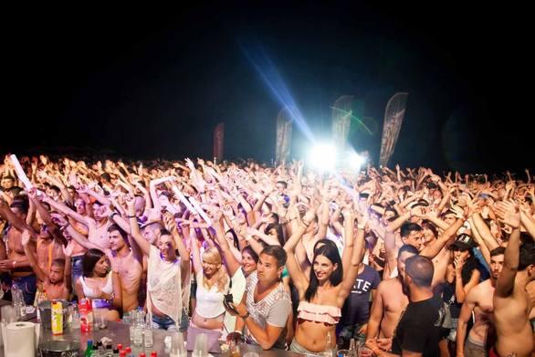 Είστε έτοιμοι για ένα ακόμα Chania Beach Party?