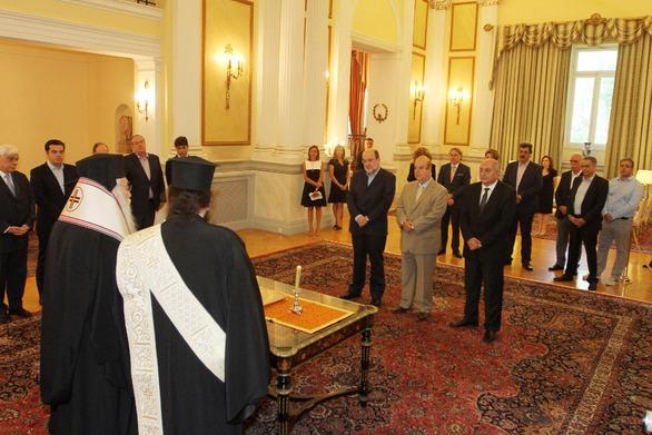 Ολοκληρώθηκε η ορκωμοσία των νέων υπουργών (pics+video)