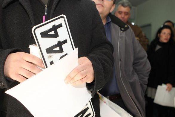 Επιστροφή πινακίδων, αδειών οδήγησης και κυκλοφορίας εν όψει των εκλογών