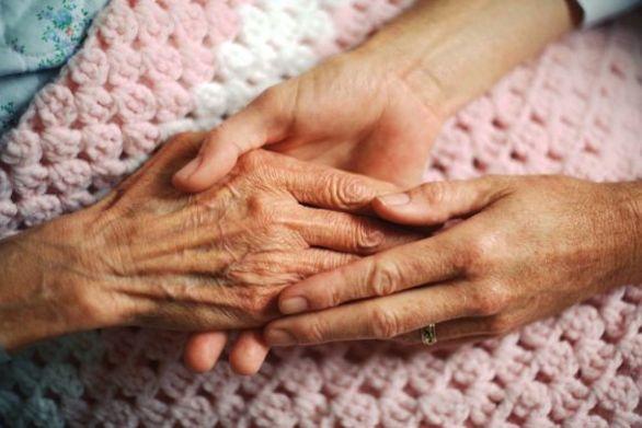 Πάτρα: Το πρόγραμμα «Βοήθεια στο Σπίτι» επιβάλλεται να συνεχίσει την λειτουργία του