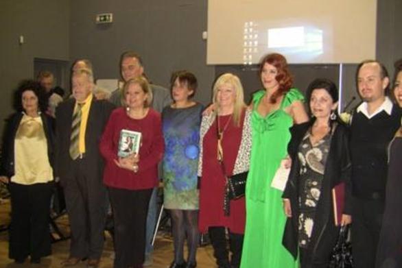 Πάτρα: Με επιτυχία ολοκληρώθηκε η παρουσίαση του βιβλίου της Λουίζας Χατζιδάκι (pic)