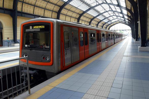 Πάτρα: Τι περιλαμβάνει πρόταση επιστημόνων για τη διέλευση του τραίνου από τον αστικό ιστό