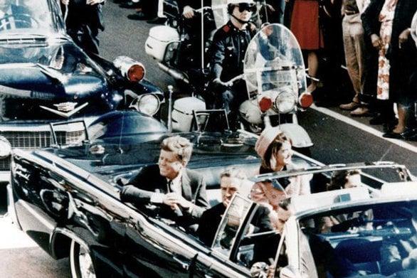 Σαν σήμερα 22 Νοεμβρίου ο πρόεδρος των ΗΠΑ, Τζον Φιτζέραλντ Κένεντι, δολοφονείται στο Ντάλας