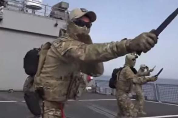 Οι Ειδικές Δυνάμεις στην Κορέα εκπαιδεύονται για μάχη με... μαχαίρια (pics)
