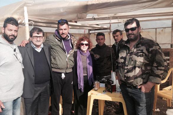 Ο Κώστας Πελετίδης βρέθηκε στο μπλόκο των αγροτών στον Ισθμό της Κορίνθου! (pic)