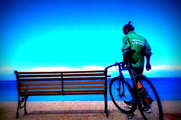Ταξιδεύοντας με ποδήλατο από την Πάτρα... στο Πήλιο (video)