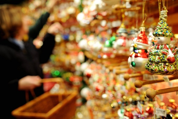 Πάτρα: Ξεκινάει το εορταστικό ωράριο των καταστημάτων για τα Χριστούγεννα 2016!