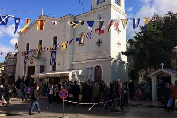 Πανηγυρίζει ο Ιερός Ναός του Αγίου Νικολάου στο κέντρο της Πάτρας