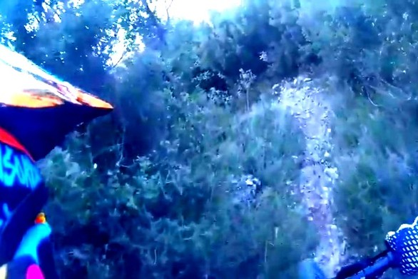 Δείτε βίντεο: Κατέβασμα από το Σανατόριο της Πάτρας στην ΜΟΜΑ με το ποδήλατο