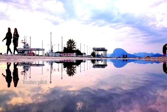 Πάτρα: Μια... απέραντη λίμνη στον μώλο της Αγίου Νικολάου!