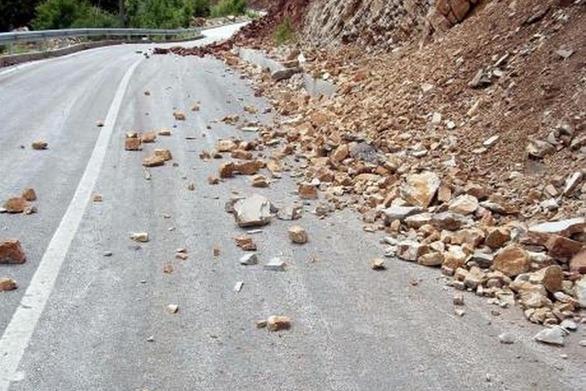 Πάτρα: Ολική διακοπή κυκλοφορίας οχημάτων στην δημοτική οδό Παλαιού Σουλίου