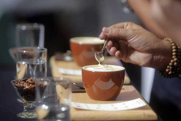 Πάτρα: Ο νέος φόρος στον καφέ είναι ένα ακόμα βαρίδι στην εστίαση - Που έχει φτάσει η τιμή του