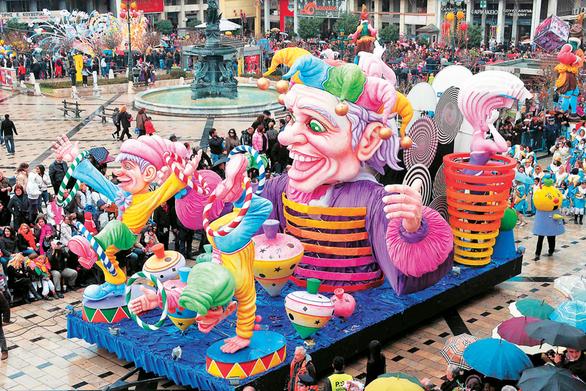 """Πάτρα: Το ΣΔΟΕ περνά και φέτος από """"κόσκινο"""" τα καρναβαλικά πληρώματα!"""