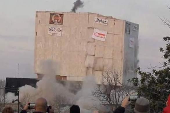 Ατλάντα: Kτίριο 55.000 τόνων ισοπεδώθηκε μέσα σε λίγα δευτερόλεπτα (video)