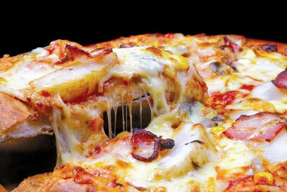 Μάθετε το κόλπο για να γλιτώνετε θερμίδες από την πίτσα