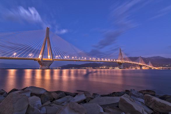 "H Γέφυρα Ρίου - Αντιρρίου συμμετέχει στην καμπάνια ""Η ώρα της Γης 2017""!"