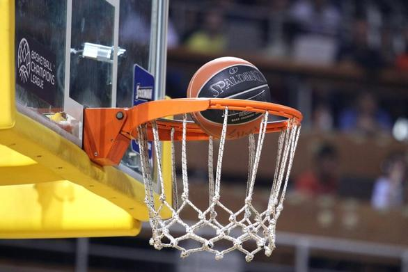 """Στο γήπεδο της Παν. Αλεξιώτισσας οι ημιτελικοί του πρωταθλήματος """"μπάσκετ εργαζομένων"""" Πάτρας!"""