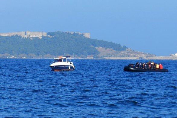 Σκάφος με 40 μετανάστες εντοπίστηκε ανοιχτά της Σκύρου