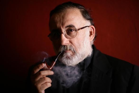 Θάνος Μικρούτσικος: Ανησυχία για το πρόβλημα υγείας που τον ταλαιπωρεί!