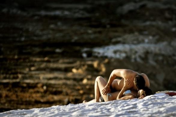 Σεξ στη… διαπασών σε παραλία της Δυτικής Αχαΐας!